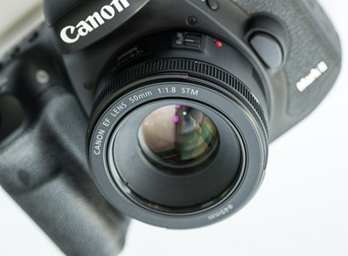 The-new-Canon-EF-50mm-f1.8-STM-lens-550x404d3087.jpg
