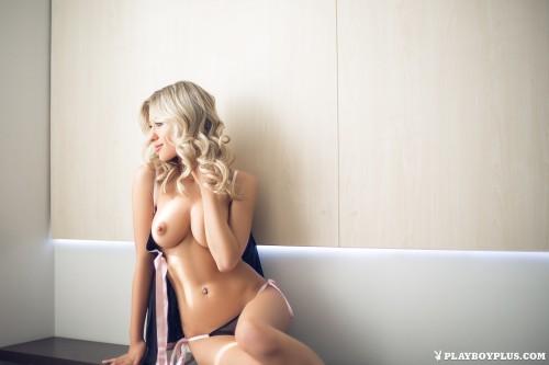 alice-wonderlust-nude18141f5.jpg