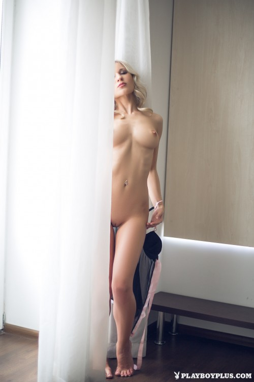 alice-wonderlust-nude3031cc6.jpg